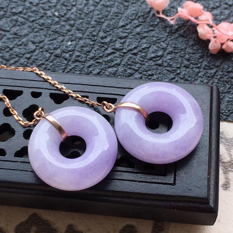 缅甸翡翠18K金镶嵌紫罗兰平安扣耳坠,颜色好,玉质细腻,雕工精美,佩戴送礼佳品,包金尺寸: