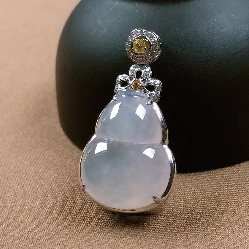 冰种翡翠葫芦吊坠,水头足,冰透莹润,尺寸饱满,18K金镶嵌,含金尺寸:28.7-15.2-8mm
