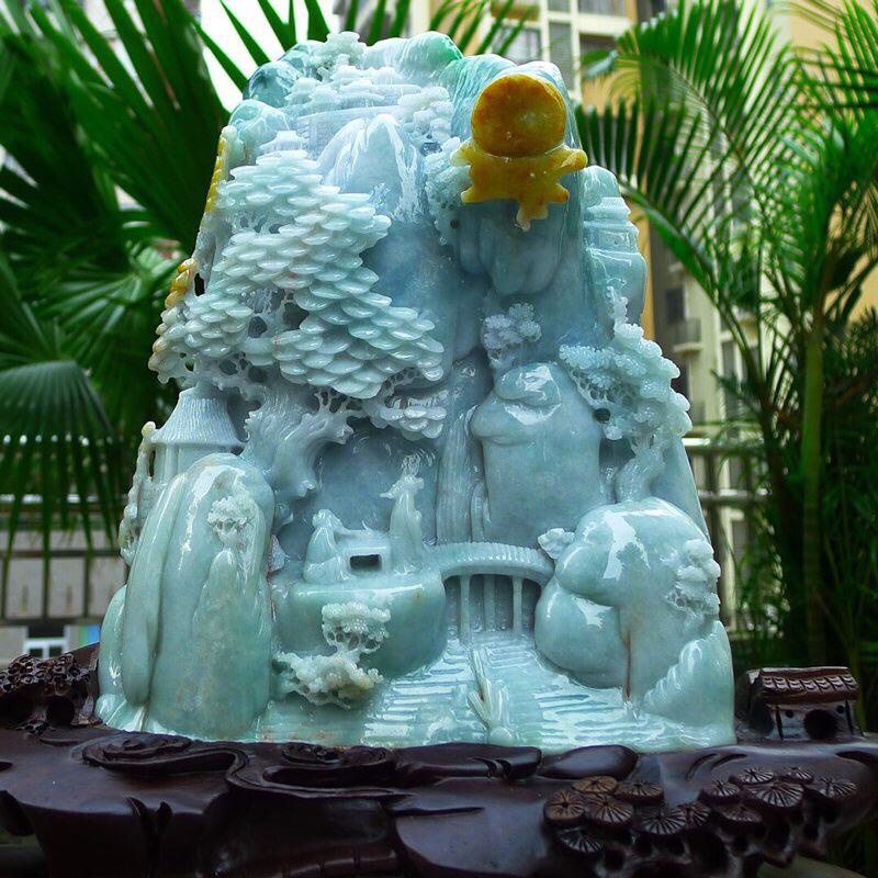 大件山水摆件 缅甸天然翡翠A货 精美 山水摆件 高山流水 雕刻精美线条流畅 种水好 层次分明 丰富多