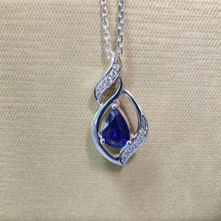 【吊坠】18k金+蓝宝石+钻石 宝石纯正 切红精细 主石:0.51ct  货重:1.30g##**