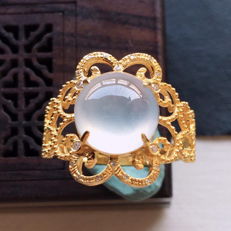 18k金镶嵌围钻冰种起光戒指,   料子细腻, 雕工精美,含金尺寸:16×15×6mm  裸石尺寸:
