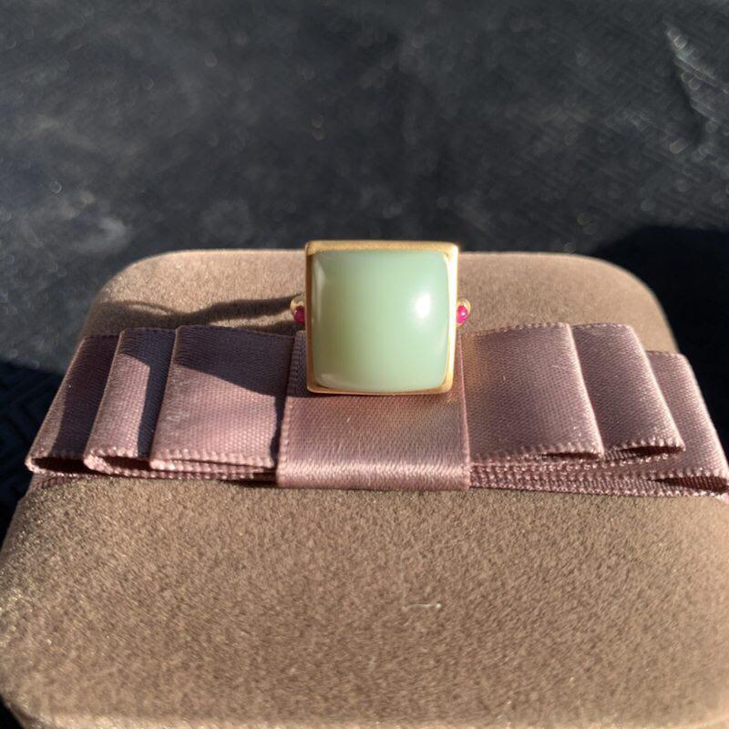 【戒指】18k金镶嵌和田玉碧玉戒指,玉质温润佩戴精美,性价比高!内径17mm