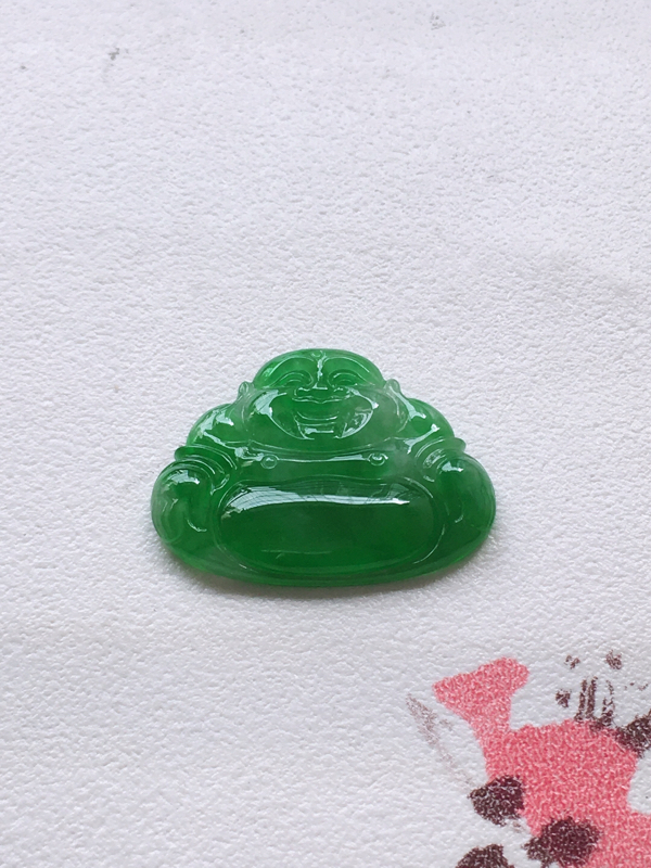 推荐👍👍自然光实拍,缅甸a货翡翠,满绿佛公镶嵌件,种好通透,起胶感,水润玉质细腻,工艺佳,品相佳,镶