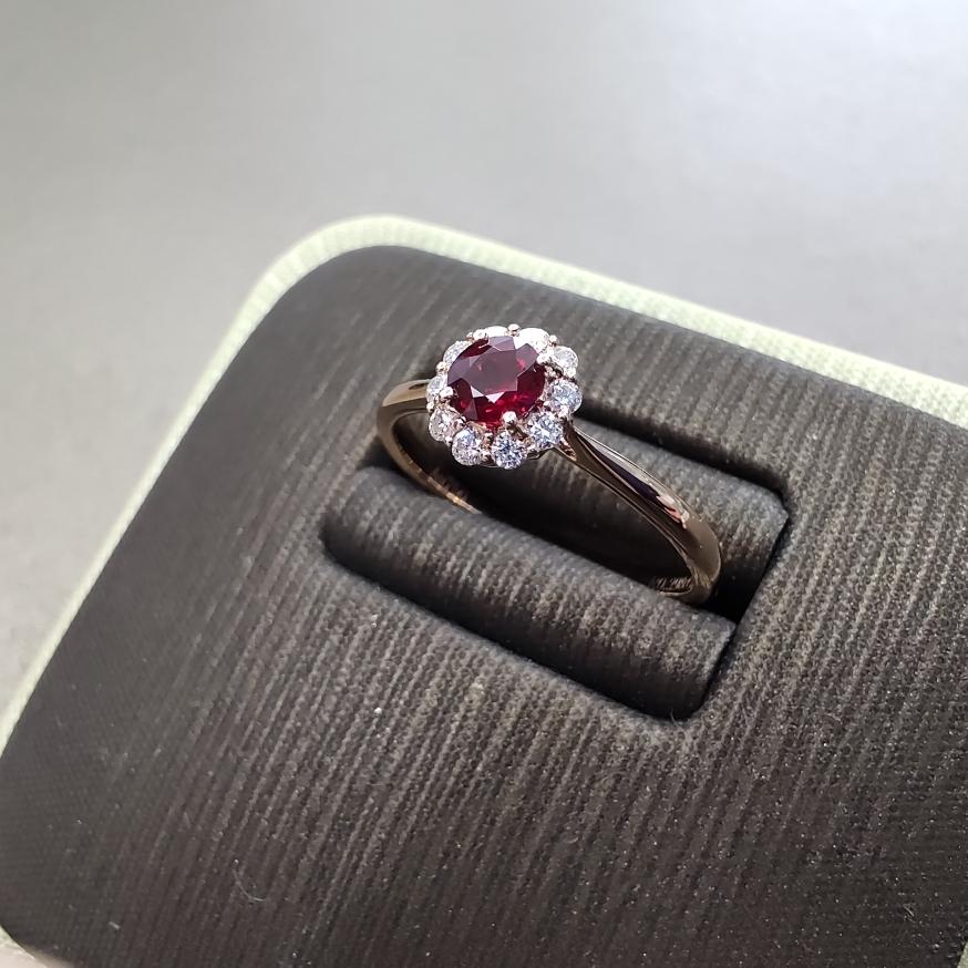 【【戒指】18k金+红宝石+钻石 宝石颜色纯正 切工精细 主石:0.29ct  货重:1.88g##**】图3