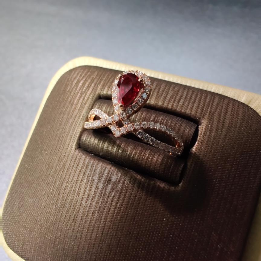 【【戒指】18k金+红宝石+钻石 宝石颜色深邃 款式典雅 主石:0.51ct  货重:2.86g##**】图3