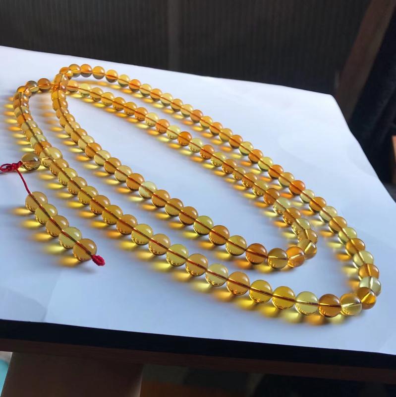 天然缅甸琥珀,一条茶宝108珠链,无杂裂冰,珠子干净,品质好,颜色美,规格8+,重35.1克,收藏佩