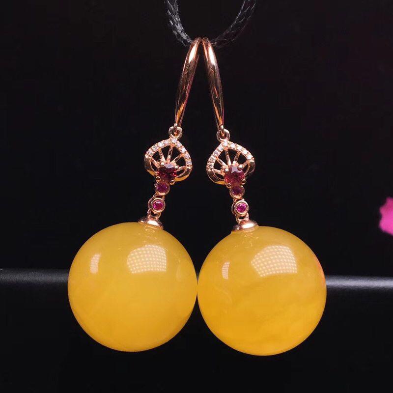 🈵蜜鸡油黄蜜蜡珠珠耳环! 18K金、红宝石💎钻石💎石榴石镶嵌 蜜蜡色泽红润、