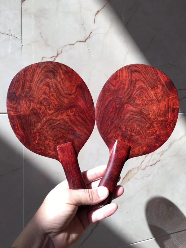 【传承臻品•乒乓球🏓️】 印度小叶紫檀、品质:瘤疤+金星,像微风拂过西湖湖面,如丝绸般令人窒息,美物