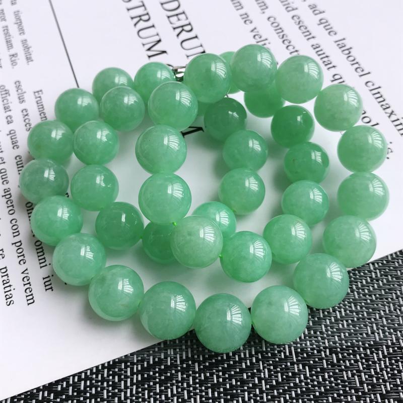 满绿饱满大气福气项链,天然翡翠A货,尺寸:13.2mm,扣头是装饰品