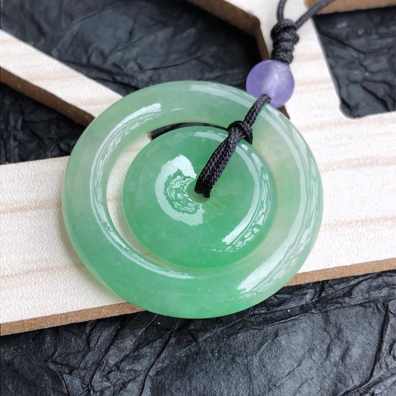 天然翡翠a货满绿母子连心平安扣,顶珠是配饰珠,尺寸:30.6*4.5mm