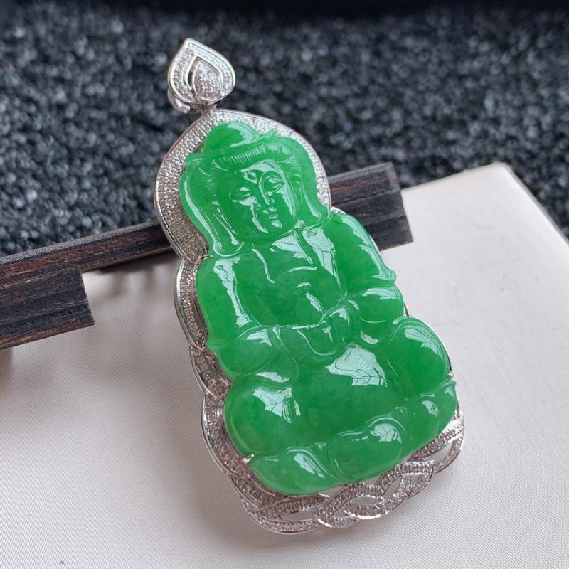 🙏缅甸天然翡翠A货   18k金钻豪华镶嵌满绿观音吊坠。克重:15.26,整体尺寸,59.2*29.