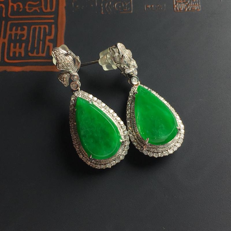 糯种满绿水滴耳坠 18K真金带钻镶嵌 含金尺寸29-11-7毫米 裸石尺寸12-8-2.5毫米 色彩