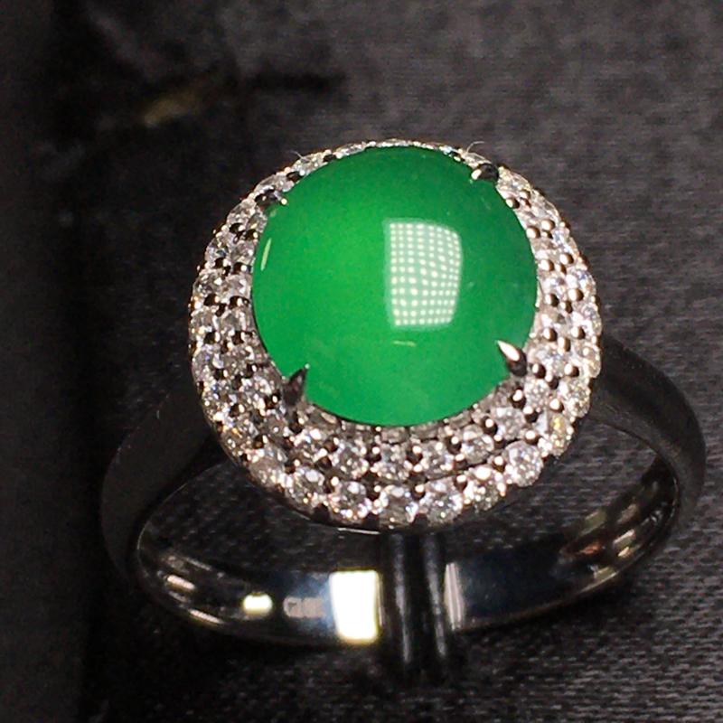 冰种阳绿蛋面戒指  18k金钻镶嵌饱满圆润 色泽甜绿上手高档 圈口13.5 整体12.5*11.8*