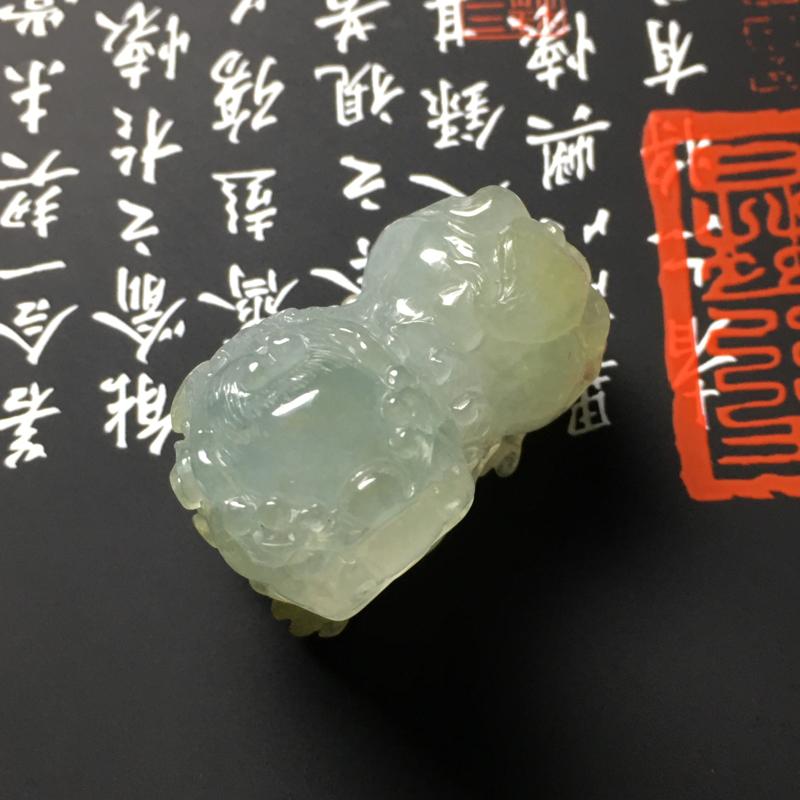 冰糯种黄翡霸王貔貅吊坠 尺寸32-18.5-14毫米 种好冰透 色彩清爽 小巧精致