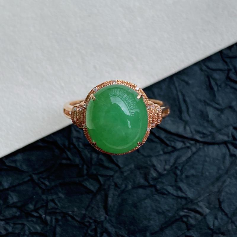 天然翡翠A货镶嵌18k金伴钻福气戒指,内径尺寸:18.6mm,含金尺寸:12.4*11.4*8mm,