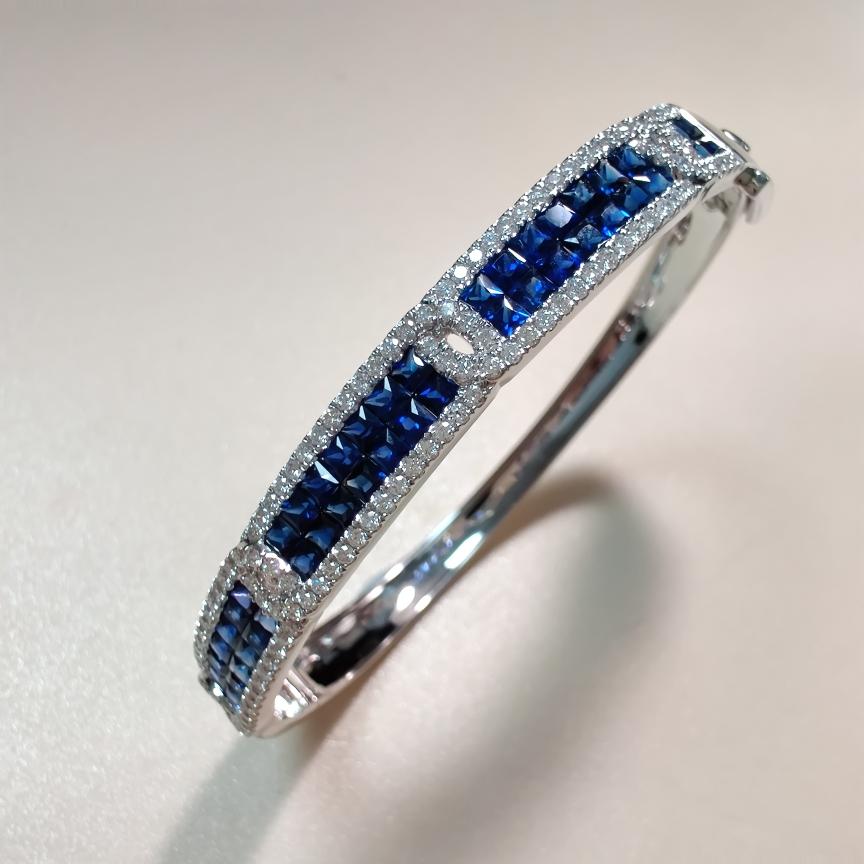【手镯】18k金+蓝宝石+钻石  宝石颜色纯正 货重:19.71g  主石:4.16ct/50p