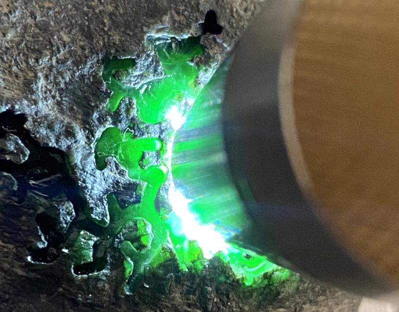 #矿区新货来袭#  【名称】780克黑乌沙开窗色料       【重量】780克       【尺