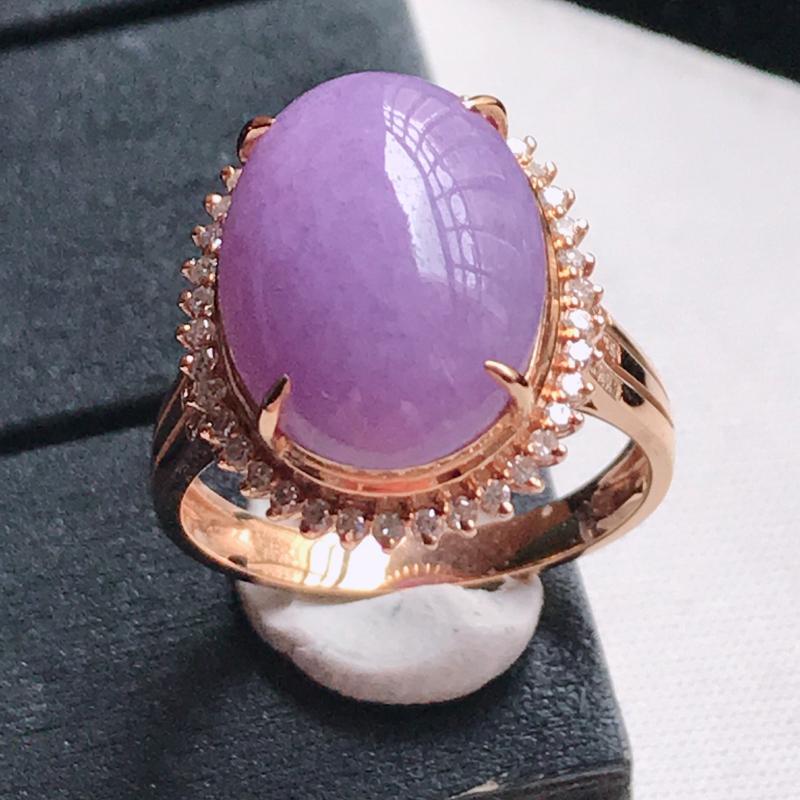翡翠A货 18K金镶嵌满色紫罗兰蛋面戒指,玉质细腻,底色漂亮,上身高贵,尺寸内径17.2 裸石14.