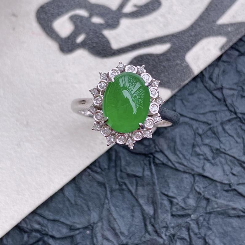 天然翡翠A货镶嵌18k金伴钻福气戒指,内径尺寸:18mm,含金尺寸:13.8*12*8mm,裸石尺寸
