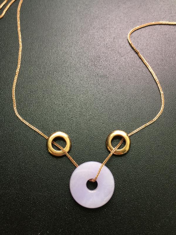 紫罗兰平安扣,18k金镶嵌,完美,种水一流,性价比高。整体:16.6*4.6