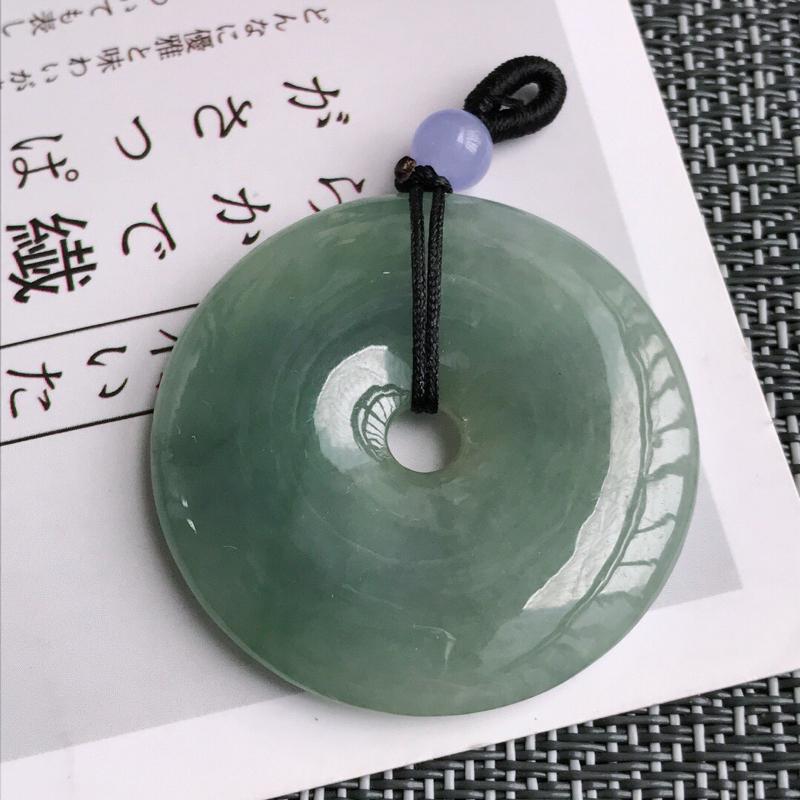 满绿平安扣吊坠天然翡翠A货,尺寸:39.2/6mm,顶住是装饰品