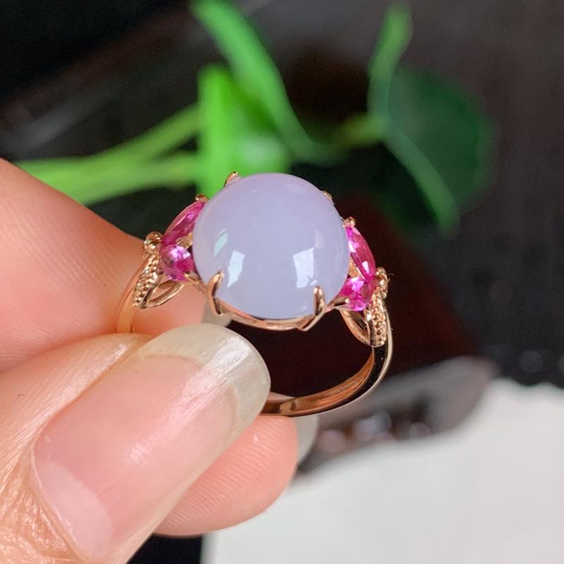 天然翡翠A货-紫罗兰18K金镶嵌蛋面戒指,种好,玉质细腻,水头饱满,色彩鲜艳,形体漂亮,水润精致,上
