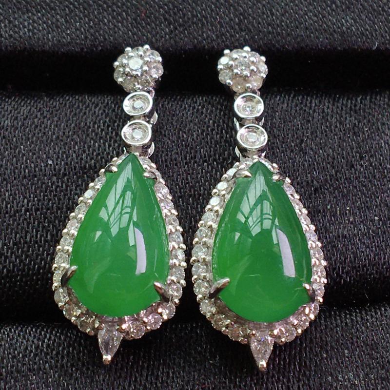 天然翡翠A货,18K金伴钻镶嵌,满绿水滴耳坠,料子细腻,冰透水润,色泽鲜艳,豪华镶嵌,性价比高,