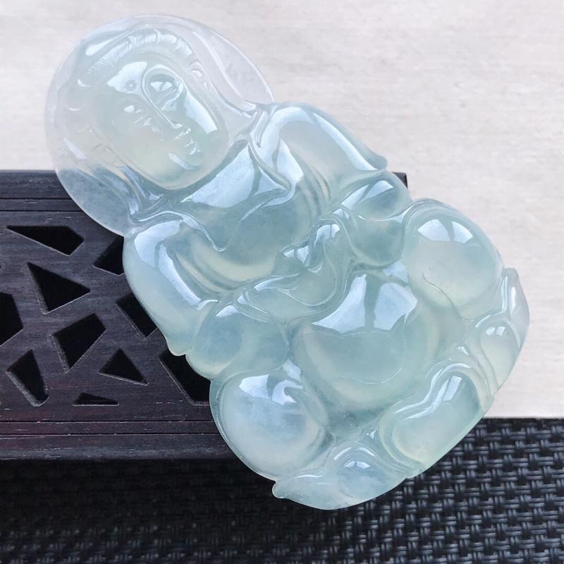 天然翡翠A货冰糯种浅绿精美观音吊坠,尺寸64.3-38.5-6.9mm,玉质细腻,种水好上身效果漂亮