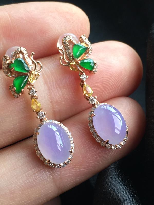 红翡绿翠紫为贵,好漂亮的饱满紫旦耳钉,浓紫见光不失,底庄细腻,饱满,完美,18k金伴靓钻镶嵌,尺寸2