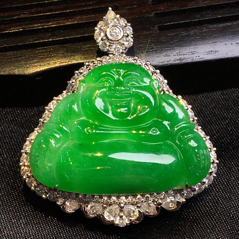 天然翡翠A货,18K金伴钻镶嵌,满绿佛公,料子细腻,冰透水润,色泽鲜艳,豪华镶嵌,性价比高,