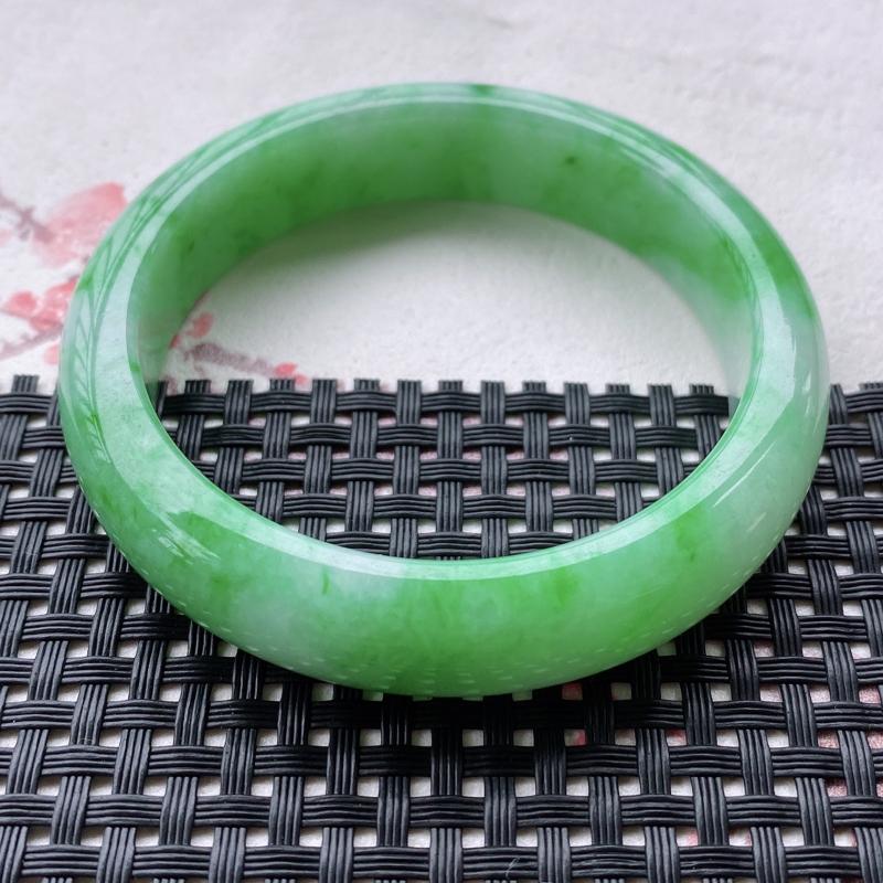 3.31/13 天然a货满绿正圈翡翠手镯,尺寸:58.4/13.6/8.4mm