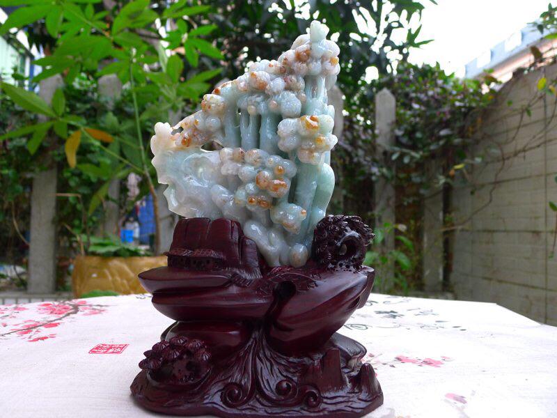 翡翠老种水润俏色巧雕发财树精品摆件
