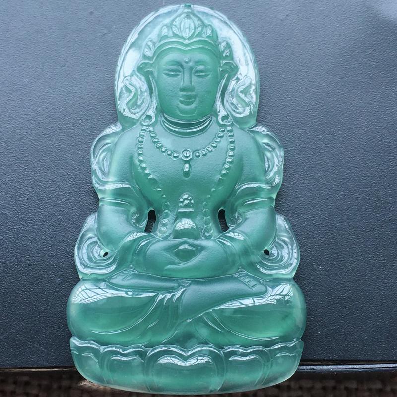 自然光实拍,缅甸a货翡翠,冰种蓝水渡姆观音,种好通透,水润玉质细腻,工艺佳,饱满品相佳,有孔可直接佩