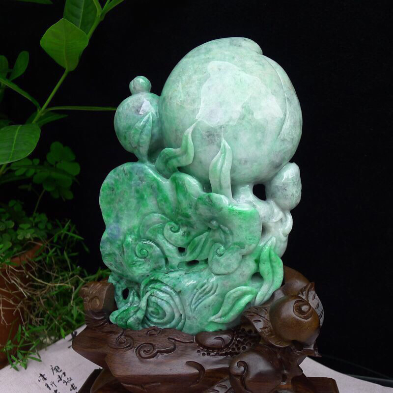 (福寿安康)天然翡翠A货水润精工飘绿寿比南山大寿桃摆件