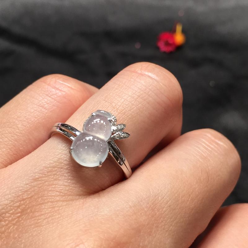 冰种葫芦戒指,聚财辟邪,完美起光,底庄细腻,18K白金南非真钻镶嵌,性价比高,推荐,尺寸12.7*7