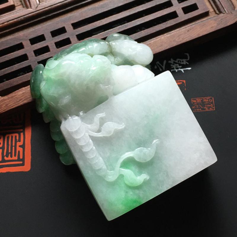 糯种带色貔貅印章 尺寸54-36.5-20.5毫米 质地细腻 雕工精细 品相佳