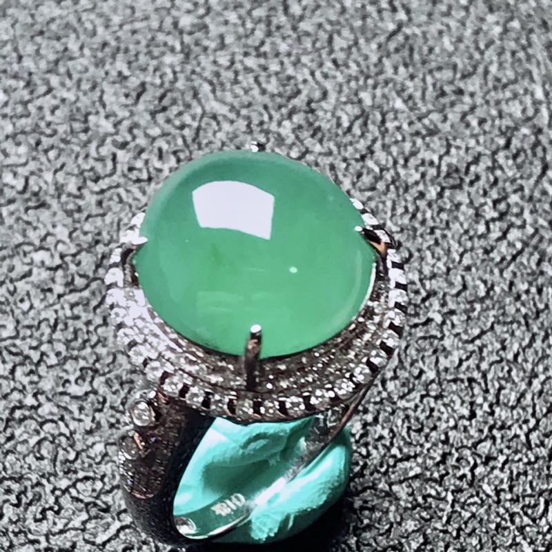 【老坑冰种18k镶嵌戒指,种水一流,晶莹剔透,完美无瑕,纯净通透,起光起胶起玻璃光泽。 高品质级材料打造,不可多得的佳品。 高性价比,值得入手。 整体尺寸:内径17mm蛋面13.1*12.4*5.3mm】图10