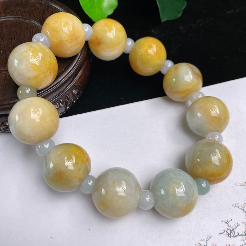 缅甸a货翡翠,水润黄翡圆珠手链,玉质细腻,圆润饱满,佩戴效果更好