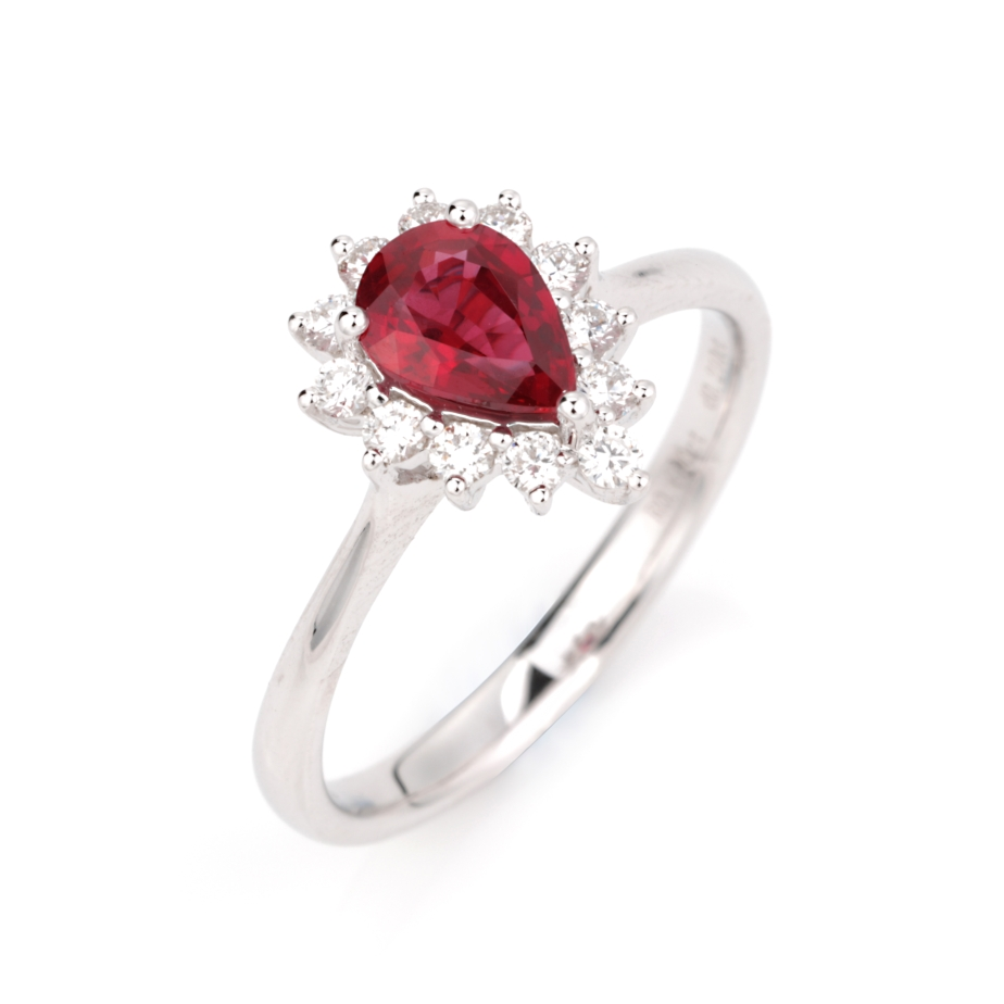 【戒指】18k金+无烧红宝石+钻石 宝石颜色纯正 主石:0.69ct  货重:2.80g  手寸:1