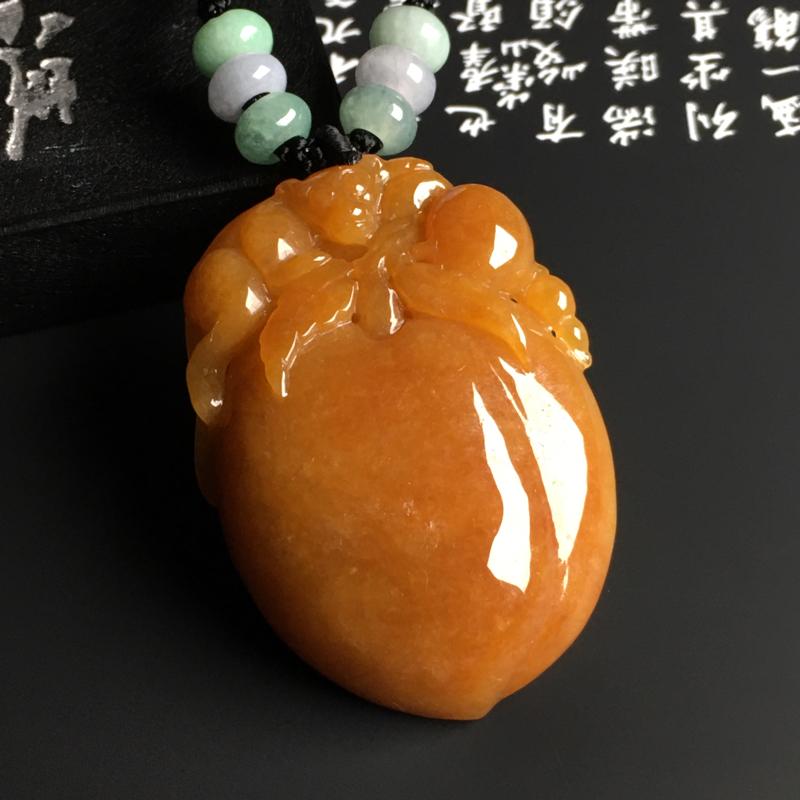 糯种黄翡【灵猴献寿】吊坠 质地细腻 雕工精湛 色彩艳丽