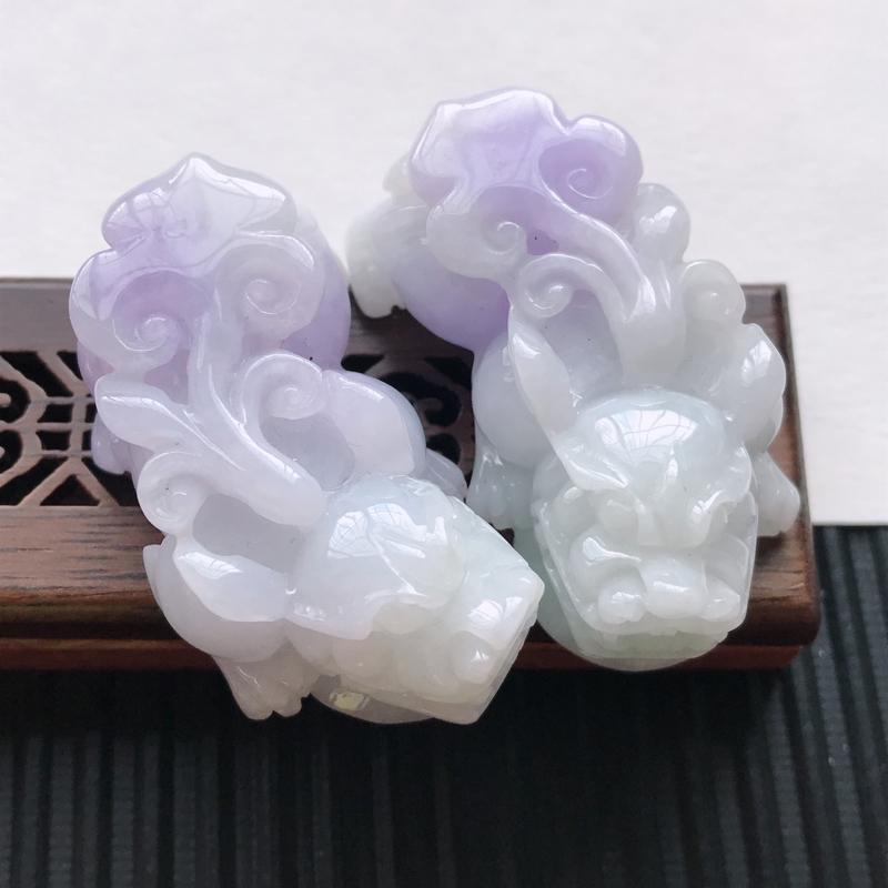 天然翡翠A货细糯种紫罗兰精美貔貅吊坠,尺寸44.4-24-17mm,玉质细腻,种水好