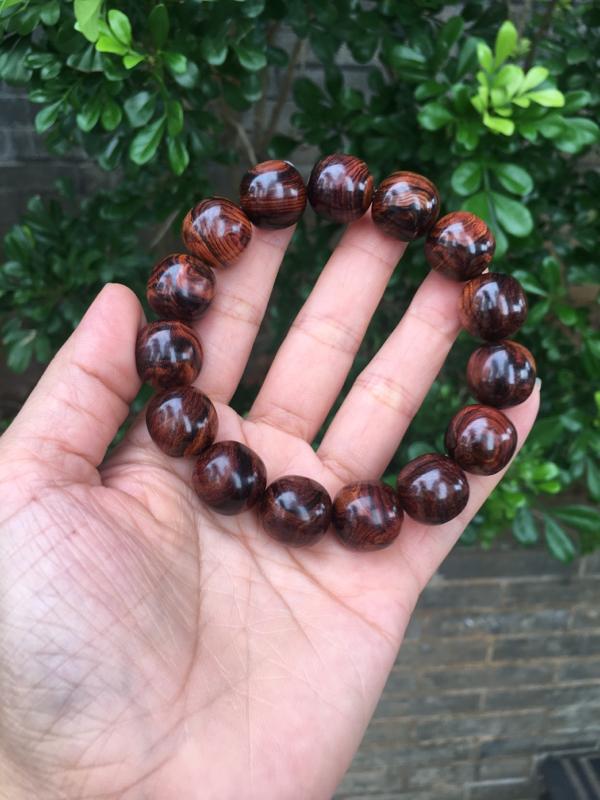 【海南黄花梨老油梨15×15老型珠,材质细腻光滑,纹理清晰自然,克重28.4g】图6