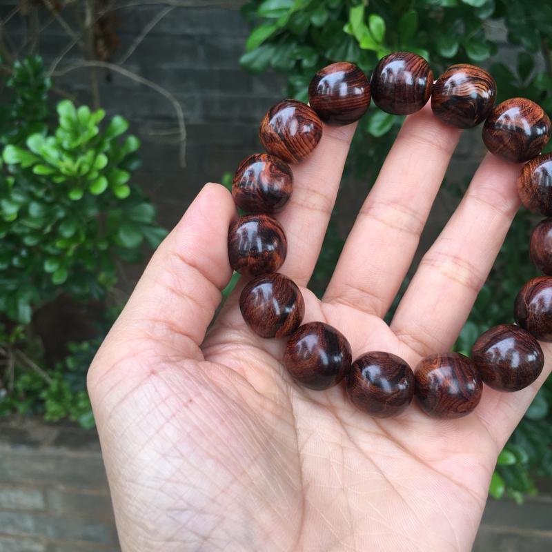 【海南黄花梨老油梨15×15老型珠,材质细腻光滑,纹理清晰自然,克重28.4g】图2