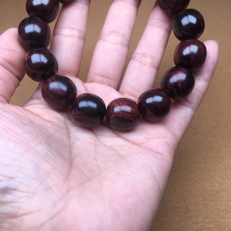 【海南黄花梨西部紫油梨15×15老型珠,质感细腻饱满圆润,纹路清晰自然,高油高密,上手易包浆。克重29.1g】图3