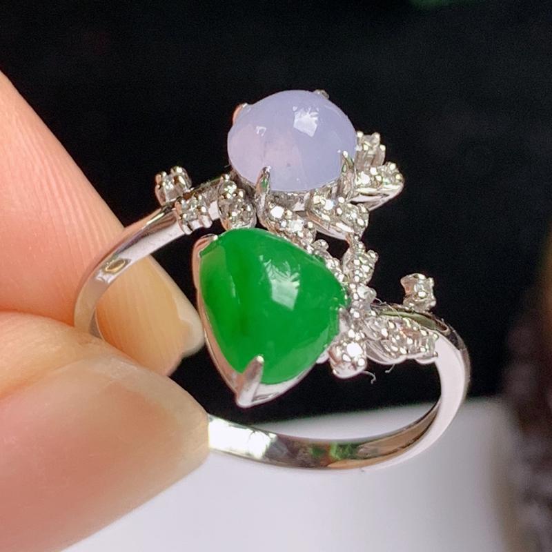 缅甸a货翡翠,18k金伴钻双彩戒指💍玉质细腻,颜色艳丽,有种有色,佩戴效果更佳,13号