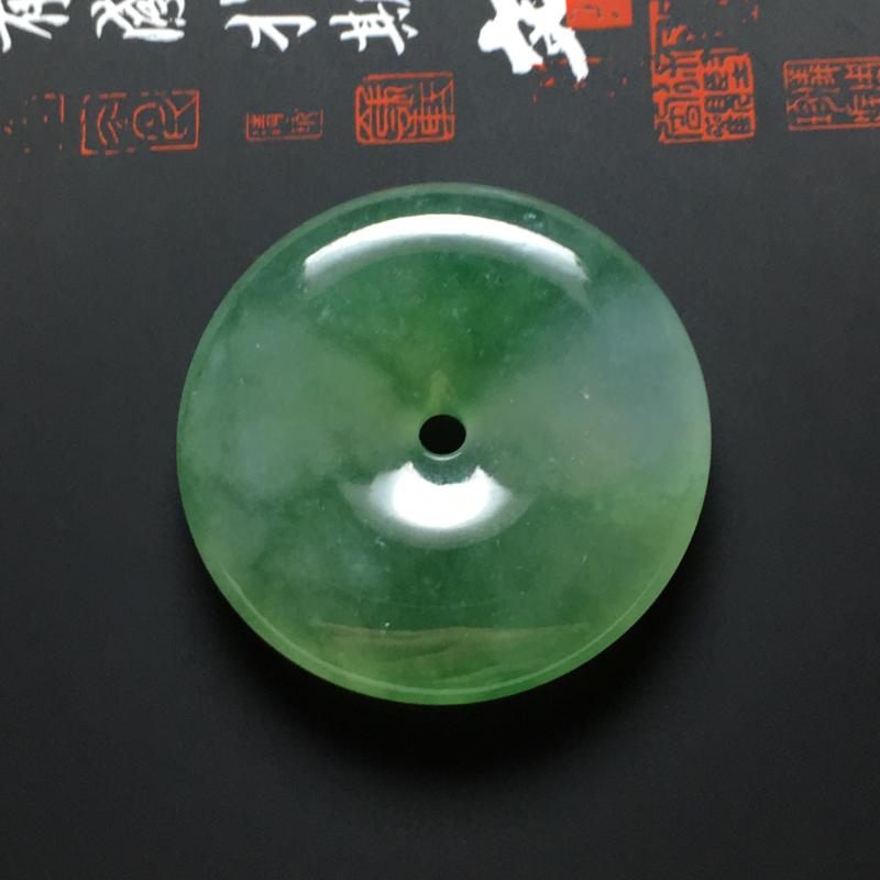 冰糯种飘绿花平安扣吊坠 尺寸32-6.5毫米 水润冰透 色泽亮丽 细腻十足