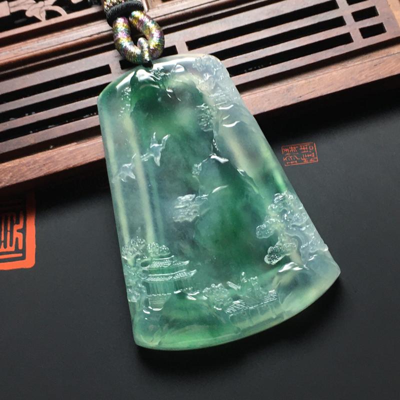 冰种翠绿大好河山吊坠 尺寸62.5-43-6.5毫米 种好冰透 翠色艳丽 雕工精湛