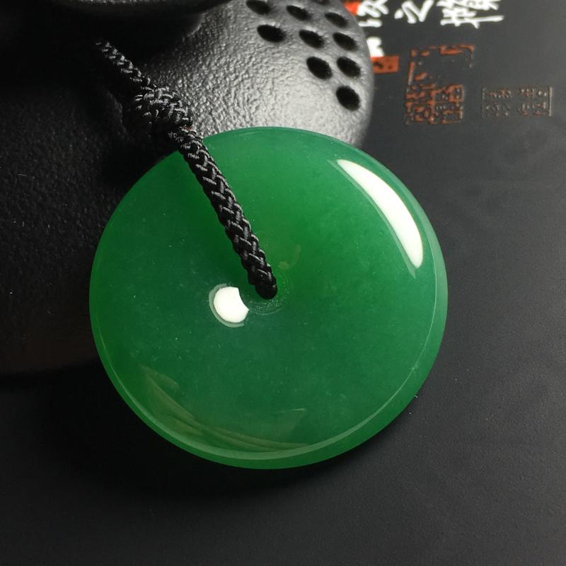 【冰糯种满绿平安扣吊坠 尺寸32-6.5毫米 玉质水润 色浓艳丽】图3