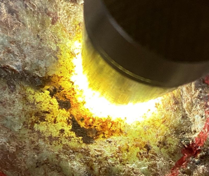 #矿区新货来袭#  【名称】3公斤木那全赌料       【重量】3公斤       【尺寸】19