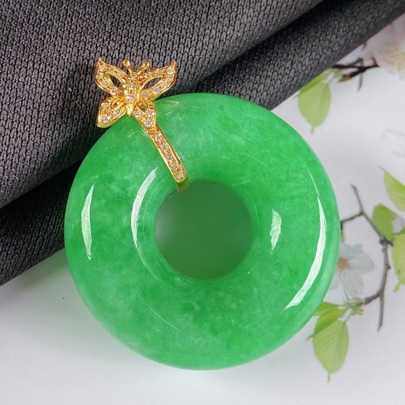 A货翡翠-种好满绿18K金伴钻平安环吊坠,尺寸-裸石32*10.2mm整体38.9*32*10.2m